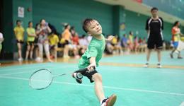 羽毛球举拍技巧教学 教打羽毛球教学视频