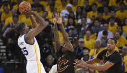 勇士队季后赛无人能挡 14连胜创NBA历史记录
