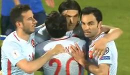 国安前锋伊尔马兹进球 世预赛土耳其4-1科索沃