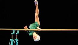 德国最老体操运动员 德国91岁老太双杠惊人表演