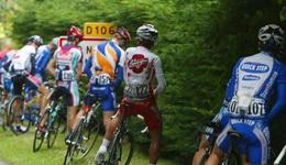 环法自行车赛如何上厕所 解密环法自行车手上厕所
