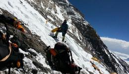 珠峰北坡和南坡哪个难 珠峰八日具体徒步路线