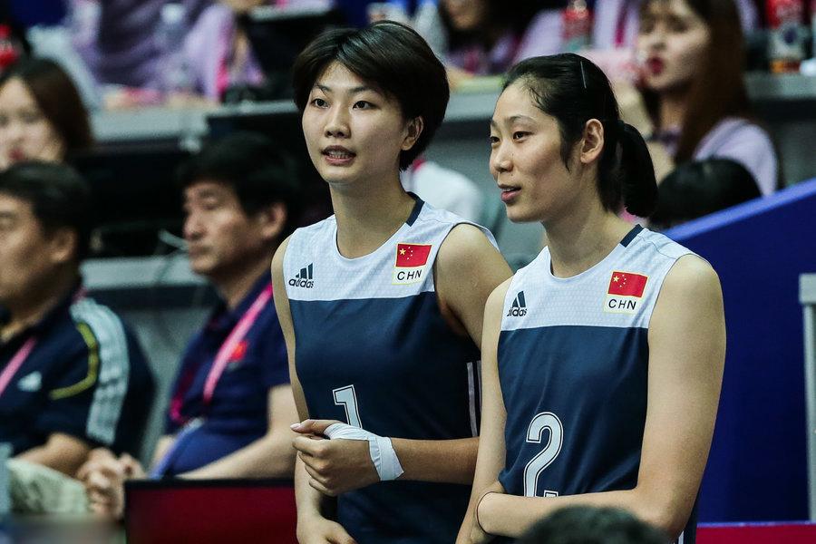 美国女排3-0横扫中国女排 中国女排两胜一负获亚军