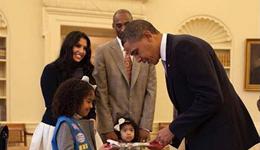 nba群星祝奥巴马生日快乐 科比推特晾晒与奥巴马合影