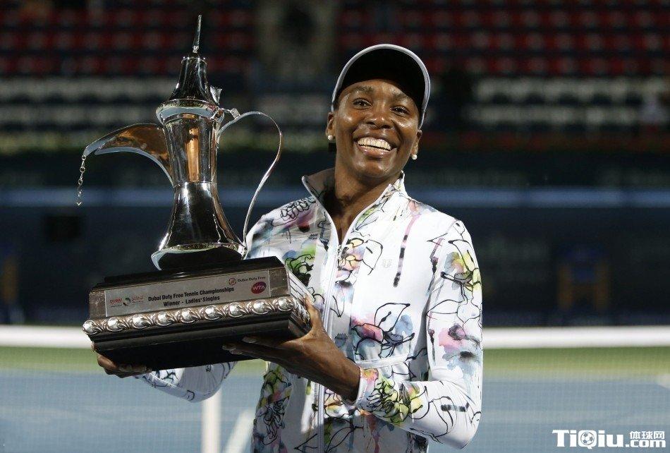 迪拜赛大威仅丢3局轻取科内特 获生涯第45冠