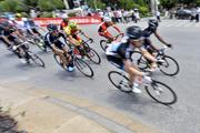 环青海湖自行车赛于7月5日在西宁开幕