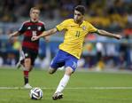 奥斯卡为巴西队扳回一球