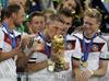 内维尔:英格兰难复制德国成功