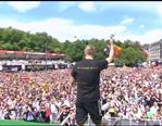 德国盛大庆典玩HI!克罗斯领唱克洛泽之歌