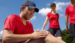跑步时膝盖疼该怎么办 3招教你预防伤病