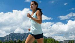 跑步时腿抽筋怎么办 避免跑步腿抽筋几点办法