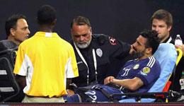 拉维奇更新脸书称会接受因手肘脱臼的手术