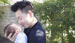 李小鹏公布二胎性别 一儿一女凑成一个好字