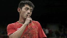 男单决赛后刘国梁亲自下厨煮面慰劳爱将科龙