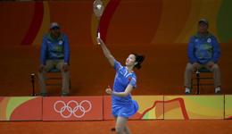 羽毛球女单小组赛 李雪芮两连胜提前出线