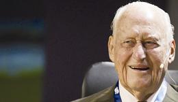 前国际足联主席阿维兰热去世 享年100岁