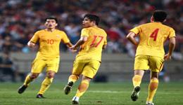 国足2-3惜败韩国 0-3落后于海蒿俊闵点燃逆转希望