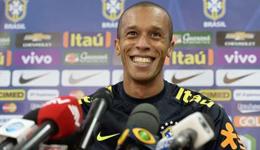 31岁米兰达接替内马尔成巴西国家队队长