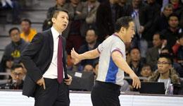 中国篮协的问题 37名技术代表27人未获上岗证
