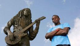 博尔特为什么跑这么快 牙买加为博尔特修建雕像