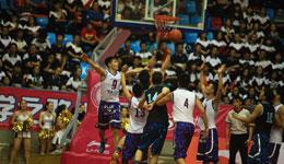 初高中篮球联赛打架事件 球员家长皆参与教练打骨折