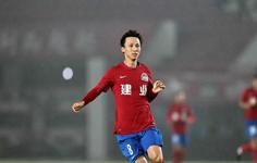 中国杯国足名单惹争议 11人首次入选国足名单