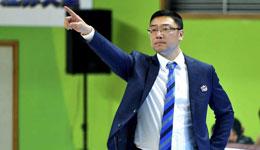 上海男篮主教练刘鹏 先进季后夺冠还很遥远