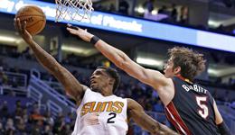 NBA常规赛太阳vs热火 太阳布克嗜血大挫热火