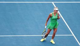 WTA奥克兰赛沃兹进八强 大威因伤退赛