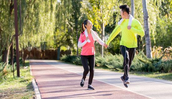 跑步运动装备购选建议 秋冬季跑步鞋推荐指南