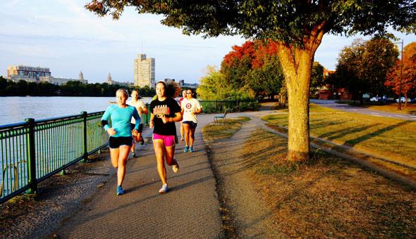 马拉松呼吸方法技巧 马拉松初学者训练计划