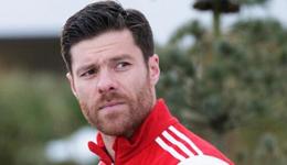 拜仁中场球员 拜仁阿隆索宣告赛季末将退役