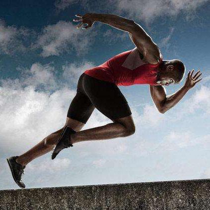 国内资讯_短跑技巧之弯道跑技术 终点冲刺跑如何提速_体球网