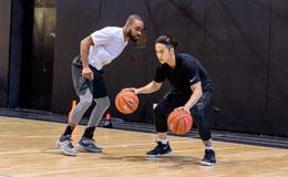 NBA全明星名人赛蒋劲夫入围 篮球特训挥汗如雨