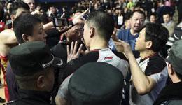 争议判罚篮协发放通知 各赛场需增设拍摄机位