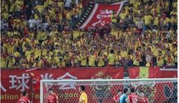 中韩关系紧张韩国队尴尬了 中韩战韩球迷仅百人来华