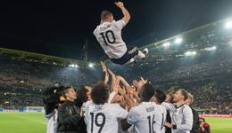 德国1-0英格兰 波多尔斯基完美谢幕
