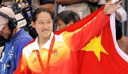 被誉为中国蝶后的刘子歌为何嫁50岁的教练