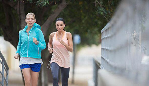 过度运动的危害 跑步减肥须适度