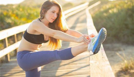 跑步前要怎么热身 跑步热身和拉伸一样吗