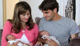费德勒妻子米尔卡再次招黑 费德勒双胞胎女儿照片