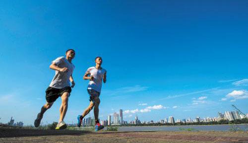 如何跑步健身才好 健身金字塔训练法