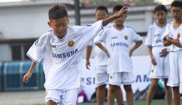 如何培养孩子的足球智力 孩子球商运动训练方法