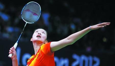 羽毛球高远球有何用 羽球高远球战术地位