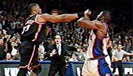 莫宁单挑纽约黑帮 NBA打架莫宁