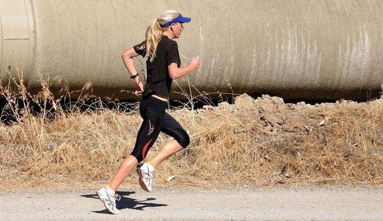 跑步着地方式盘点 跑步正确的落脚方式