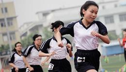 学生体育中考猝死 中国体育中考制度反思