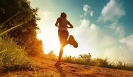 跑步后的拉伸运动瘦腿 陈意涵正确的跑步瘦腿方法