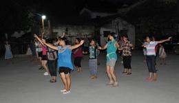 《够兄弟》简单广场舞 广场舞教学视频分解慢动作