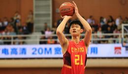 国际篮联大赞胡金秋 中国篮球未来可接班易建联
